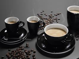 4 forskjellige kaffesorter laget på en Miele espressomaskin